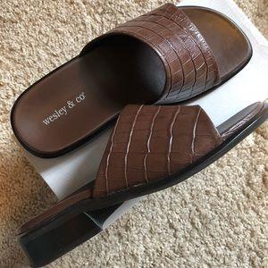 NWOT Wesley & Co Summer Sandals
